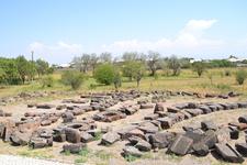 звартноц все,что раскопали археологи расположено  на прощадке