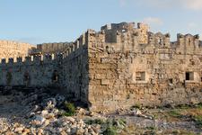 Стены средневекового города