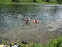 Озеро Манское. Озеро находится в Восточном Саяне на высоте 1436 метров над уровнем моря. Озеро питается снежниками манского белогорья, в этом озере живет ...