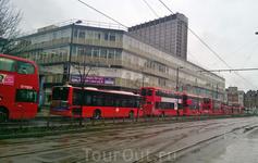 Автобусная пробка в Кройдоне.