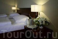 Отель Прага очень удобен....