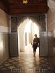 Дворец Бахия, внутри все поражает величием и роскошной, ручной отделкой.