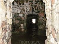 В катакомбах крепости Суоменлинна (Свеаборг)