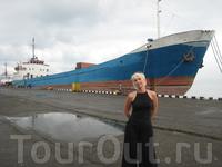 Гигант в порту
