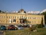 Национальная картиная галерея. Расположена в восточном крыле Королевского дворца, построенном в качестве штаб-квартиры оттоманской полиции. После освобождения ...