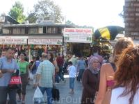частичка Египетского рынка_он нереальных размеров, там есть всё-всё-всё и даже немного больше, чем всё :)))