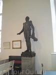 Статуя Александра 1 в соборе