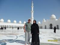 Мечеть в Абу-Даби ну просто верх исскуства.