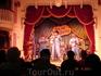 Живая музыка в одном из кафе парка Диснейленд, г. Анахайм