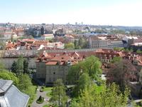 Градчины вид со стороны пражскогограда и сада на Валах