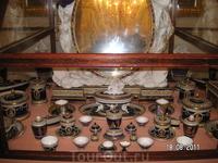 Во дворце. Косметический набор Марии Федоровны; ей его подарили, но она им только любовалась - пользовалась другим