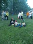 Вот так с молоком матери впитывают дети национальные традиции
