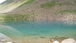 По пути еще одно небольшое озеро
