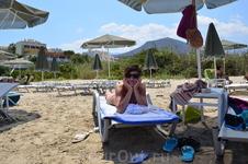 Море, солнце, пляж, зонтик, шезлонг, я....!!! Кайф