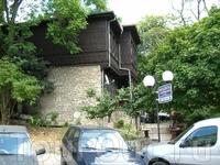 Старинный деревянный домик.