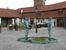 Музей Кафки. Писающие мальчики друг напротив друга. Еще и шевелятся