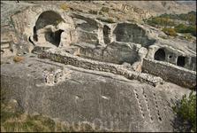 Почему же именно горы и скалы становились местом жительства древних людей этой территории. По поверьям скалы – это символ могущества и вечности. А те, ...