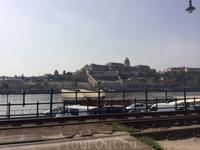 Вид на гору Геллерт и парк над водохранилищем. Будапешт, несмотря на его до-древнеримское происхождение, можно считать самой молодой столицей Европы: 3 ...