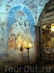 Старинная фреска иконы Божией Матери