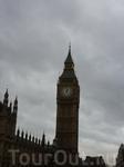 Биг-Бен — название самого большого из шести колоколов часовой башни Вестминстерского дворца в Лондоне, а также название часов и башни в целом.