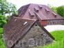 Многие здания очень старые,но сохранность их очень хорошая,хотя они и не используются.