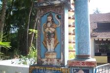 в Индии очень много различных вер (католики, мусульмане и.т.д) Это храм веры индусов - вера называется инду.