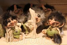 сувенирный магазин у ледника Бриксдаль, тролли бывают и добрые и злые, но в большинстве своём они забавные :)