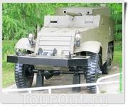 57 мм самоходная установка Т-48 (СУ-57). САУ изготовлена на шасси полугусеничного БТР M2 (США).