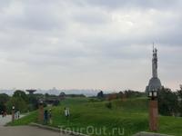 Национальный музей истории Великой Отечественной войны 1941-1945 гг. Дата основания 9 мая 1981 года.   Представляет собой мемориальный комплекс, расположенный на склонах правого берега Днепра. Мемориа