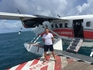 Сошли с авиалайнера. На платформу в океана 3 на 5 метров )