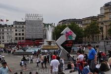Знаменитый циферблат, отсчитывающий дни, минуты и секунды до Лондонской Олимпиады. (Трафальгарская площадь)