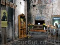 Михаило-Клопский монастырь. Рака над мощами св. Михаила Клопского