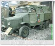 Французский армейский грузовой автомобиль Laffly S20TL VDP, рассчитанный на перевозку 10 человек и 2 пулемётов. В 1937-1940 годах было выпущено 630 автомобилей ...