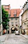 Шведские ворота - - построенные в 1698 году. Ворота в город открывались с первыми солнечными лучами и закрывались на ночь.
