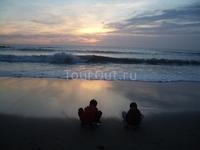 Закат над Тихим океаном