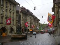 Центральная улица Швейцарской столицы.