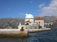 Церковь Богоматери на острове в Бококоторском заливе