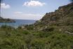 Типичный ландшафт средиземноморского побережья Родоса. Внизу прячется пляж Ладико