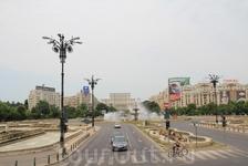 Бухарест. бульвар Унирии