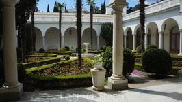 Ливадийский дворец_один из двориков