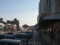 вот так незамысловато выглядит Напа в декабре...в Напе было открыто всего пару-тройку магазинов и все авто местных сосредоточено вот в этом месте )) на ...