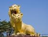 Фотография Скульптура «Золотые львы»