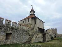Большая часть помещений крепости сегодня пустует, и до сих пор продолжаются реставрационные работы