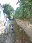 Старый Керчь. Узкие улочки старого города вымощенные камнями.