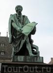 Статуя Гутенберга