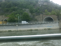 Через один из этих тоннелей мы приехали из Праги.