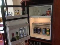 В каждом отеле проверяю мини-бар - на что он способен) Богатые возможности у этого бара!
