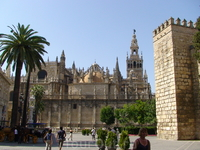 Санта-Мария де ла Седе, самый большой в Испании и третий по величине в Европе.