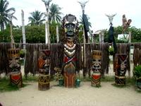 это прототипы тотемов м богов, в том виде, в каком их себе представляли племена