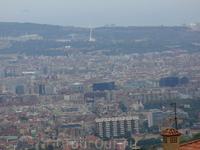Вид с горы Тибидабо (500м) на Барселону